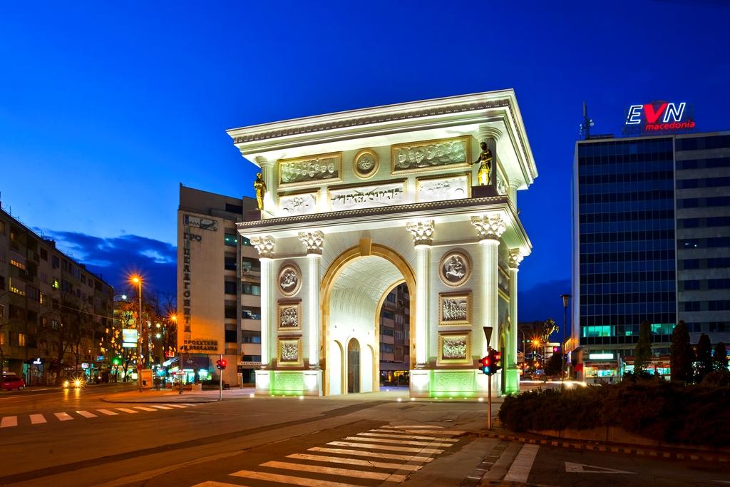 Македония и Косово